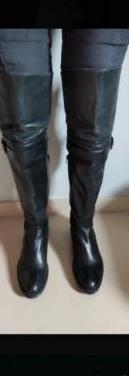 Botas negras de piel núm 40