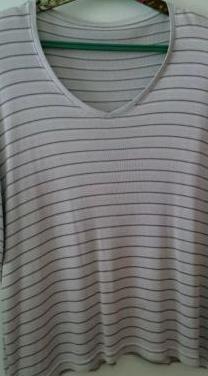 Camiseta gris talla 46