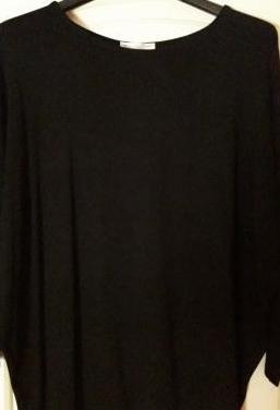 Camiseta negra sin estrenar