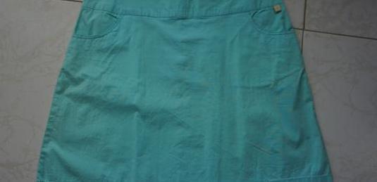 Falda azul talla 42