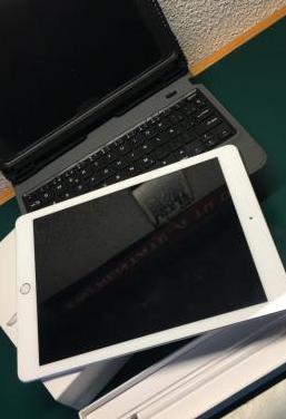 Ipad, pencil y funda teclado