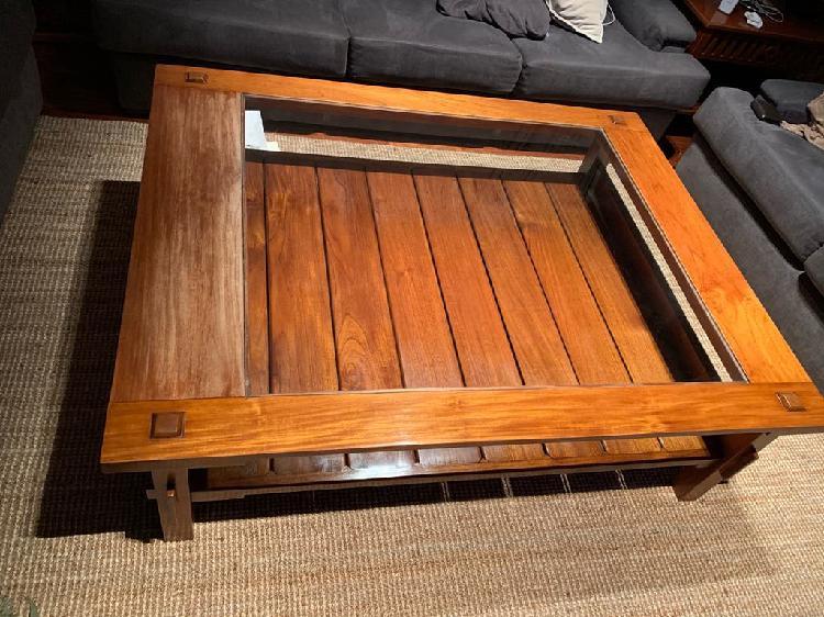 Mesa centro madera (mercader de venecia)