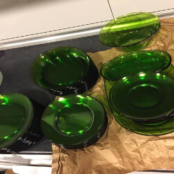 Vajilla duralex verde nueva vintage