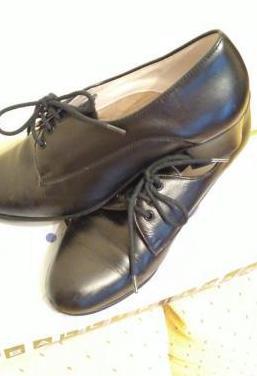 Zapatos baile regional asturiano