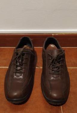 Zapatos de piel de hombre talla 43