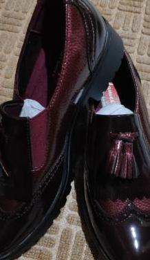 Zapatos de mujer sin estrenar