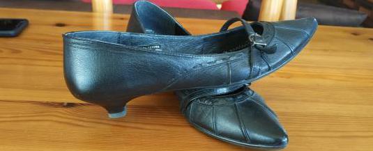 Zapatos tacon bajo piel