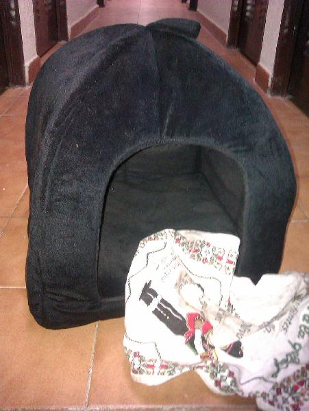 caseta PLEGABLE, POLAR negra para gato /perro