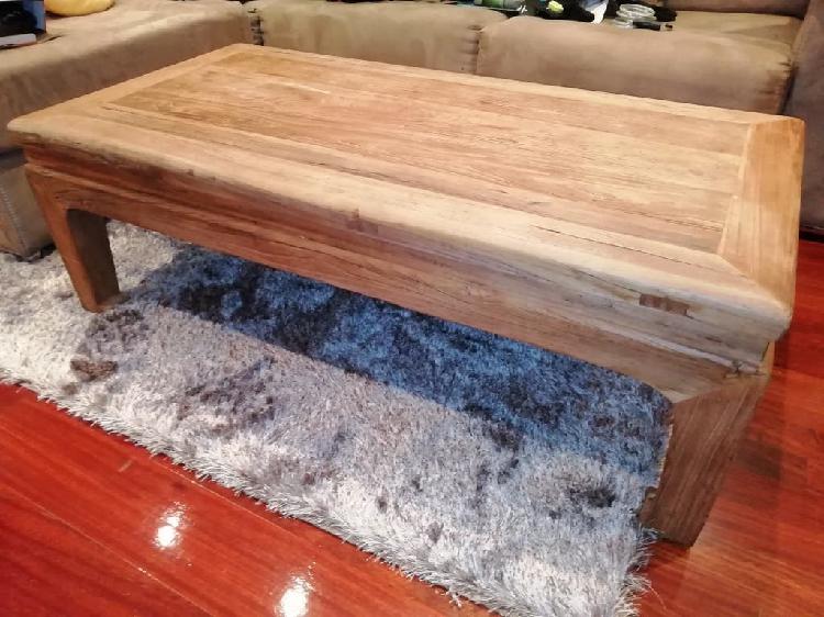 Mesa de centro madera dura