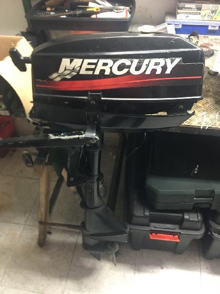 Motor fueraborda mercury