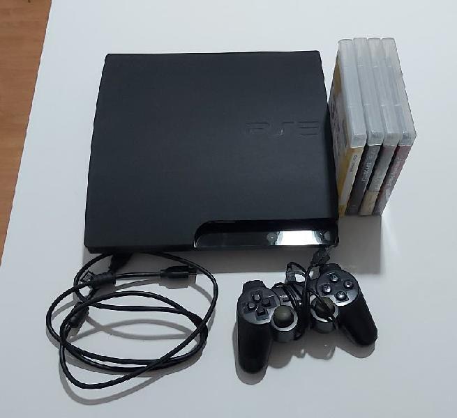 Playstation 3 de 500 gb con mando y 4 juegos