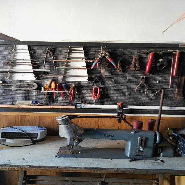 traspaso taller de zapatería montado