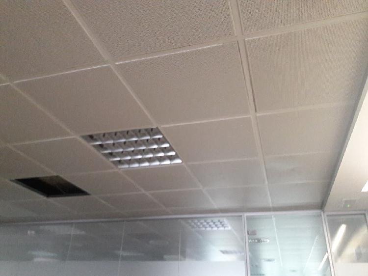 Vendo techo 60x60 aluminio perforado con manta