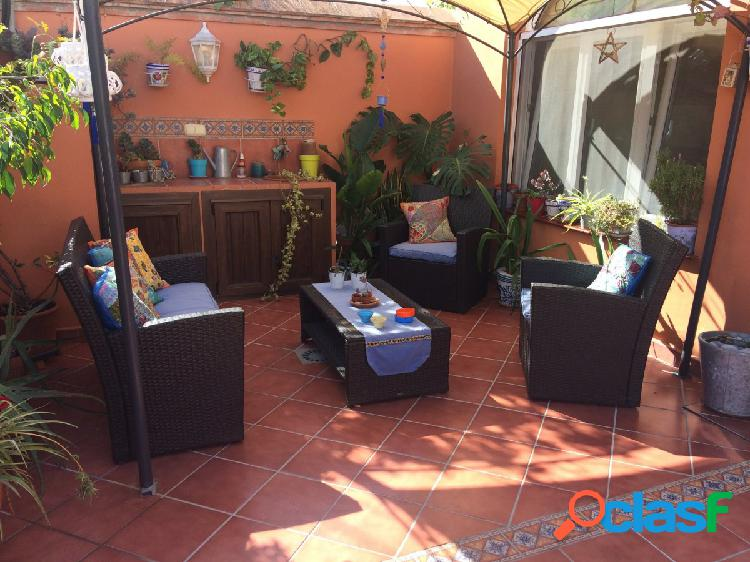 2ª linea playa zona sohail - chalet independiente 7 dormitorios con garaje doble