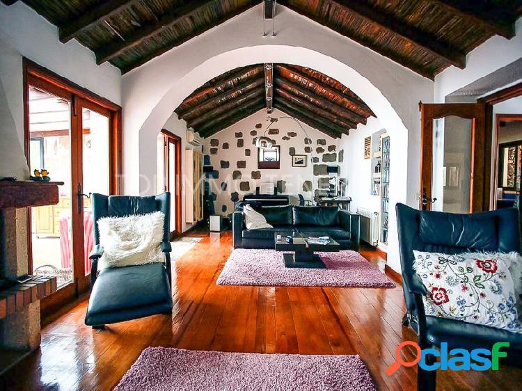 Casa de campo rústica con fantásticas vistas en arona - comprar