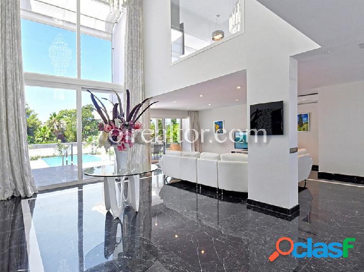Casa en venta en nueva andalucía, marbella-málaga