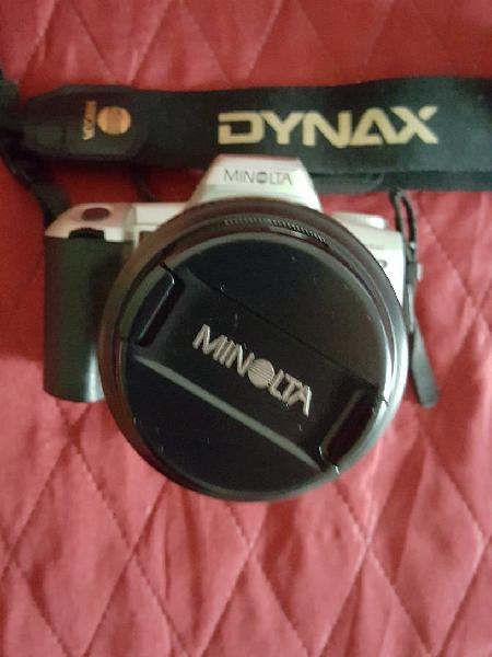 Cámara fotos minolta dynax con bolsa