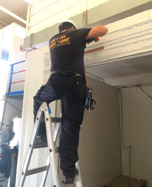 Instalador aire acondicionado carga de gas averias