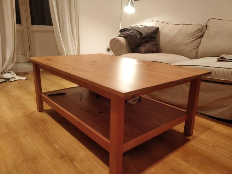 Mesa central de madera. pino maciza