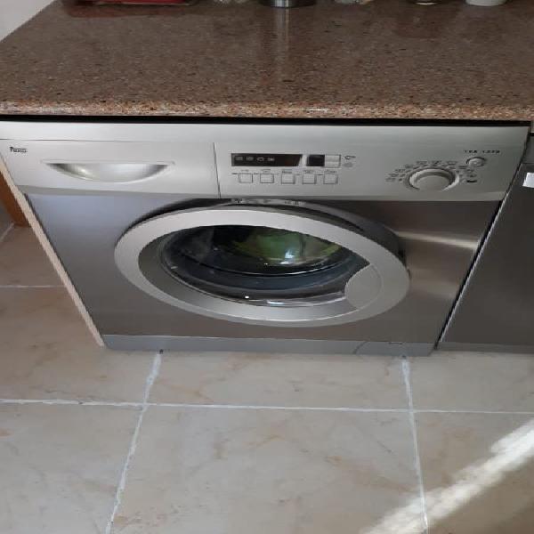 Se vende frigorífico y lavadora teka