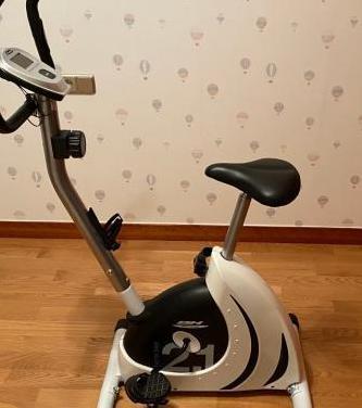 Bicicleta estática bh fitness home bike 2.1