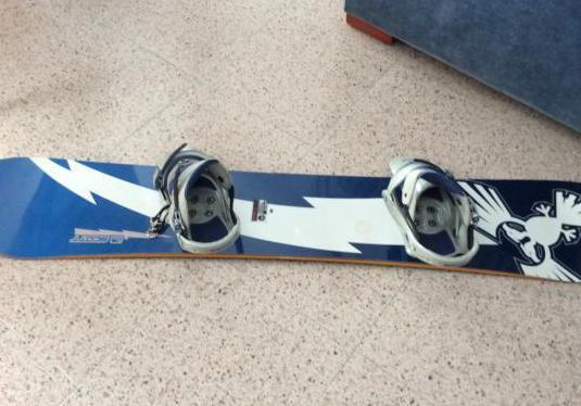 Tabla de snowboard Scott y botas Nortwave