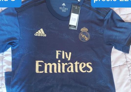 Camiseta de futbol.