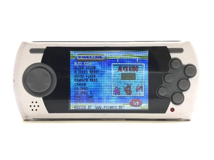 Sega megadrive ultimate portatil 85 juegos