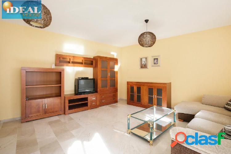 A6589D7. PISO EN EL CENTRO DE LA ZUBIA. www.idealhouse.es 3