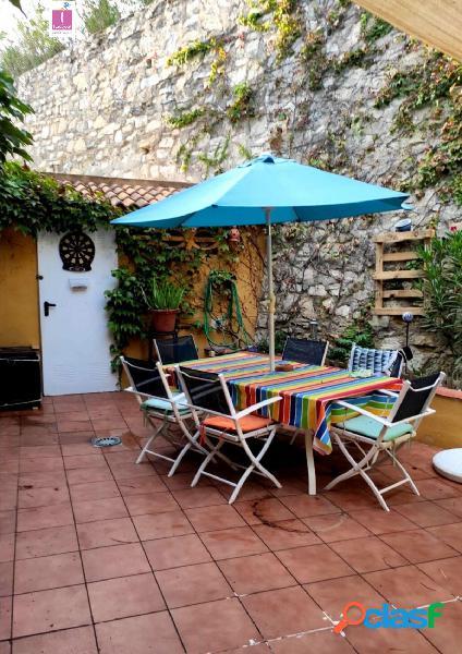 Casa adosada urbanización jardines de campolivo