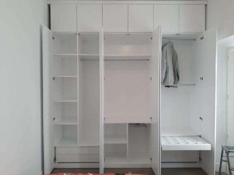 Elaboración de interiores de armario y vestidores