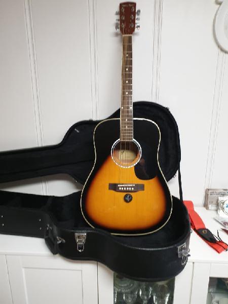Guitarra acústica más accesorios