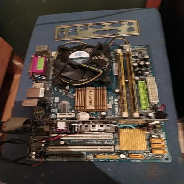 Placa base 775 + core 2 quad + 4 ram + video 512mb