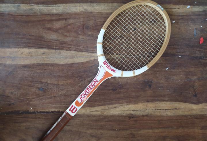 Raqueta tenis Wilson junior Sovereign años 80