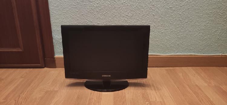 """Televisión 19"""" samsung hd"""