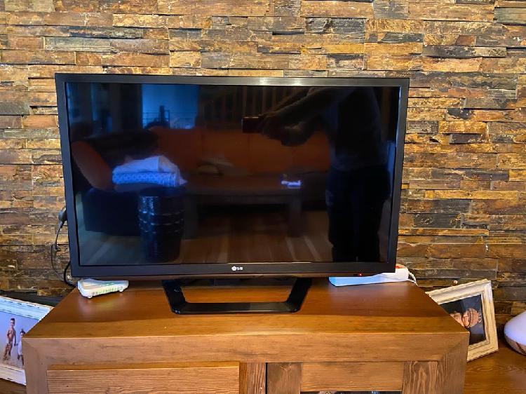 Televisión lg smart tv y 3d 37'