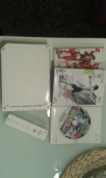 Wii con mando. regalo juegos