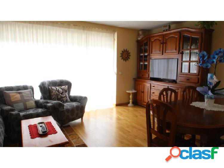 Apartamento luminoso con terraza en vielha
