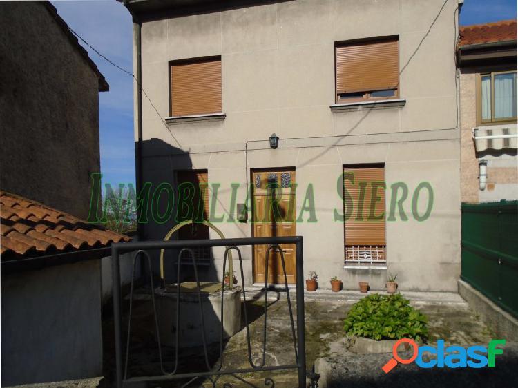Casa adosada con horreo y cochera en leceñes-valdesoto
