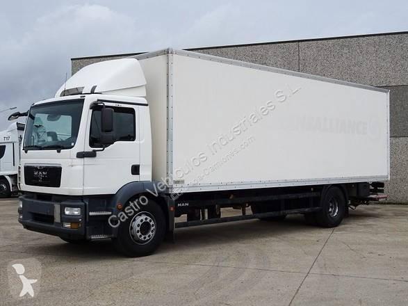 Camión man furgón tgm 18.290 4x2 diesel euro 5 rampa