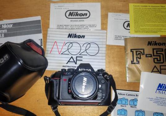 Nikon f-501/n2020 nikkor af 50 mm 1:18