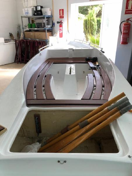 Barco ideal para pesca con fuera borda