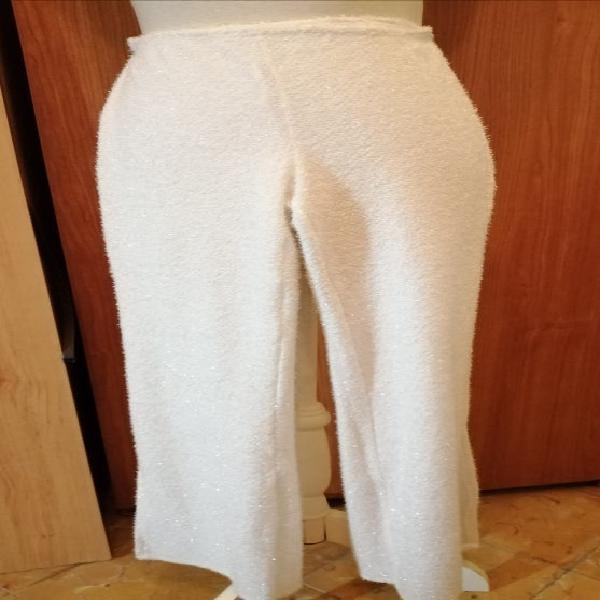 Pantalón blanco zara de punto