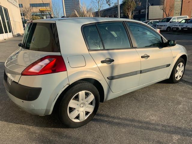 Renault megan 1.5 dci 100 '04