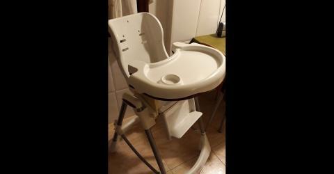 Trona o silla de niño cosatto