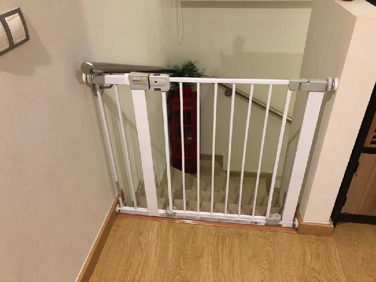 Valla/ barrera protectora/ seguridad bebé escalera