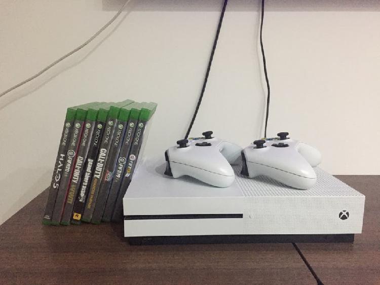 Xbox one seminueva