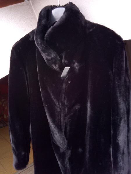 Abrigo mutón negro