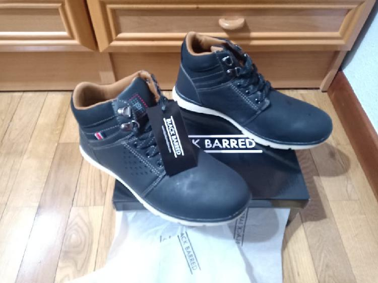 Botines nuevos black barred