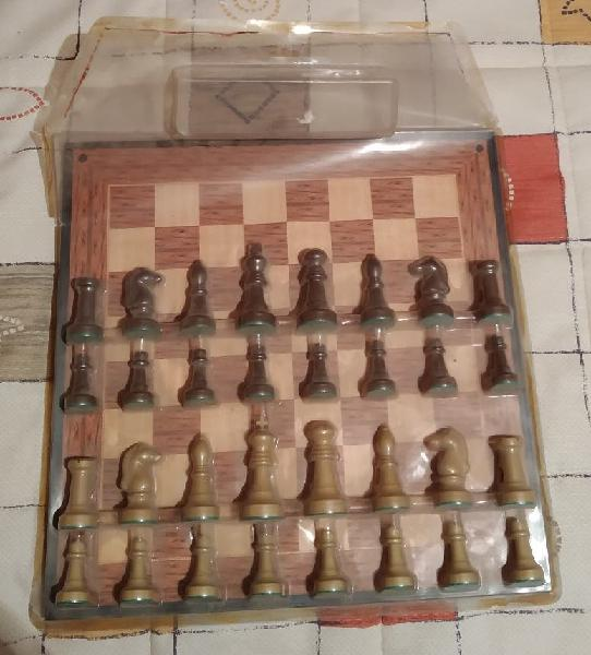 Juego de mesa ajedrez/parchis
